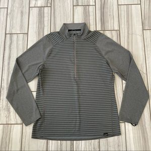 NWOT Patagonia Capilene midweight pullover.